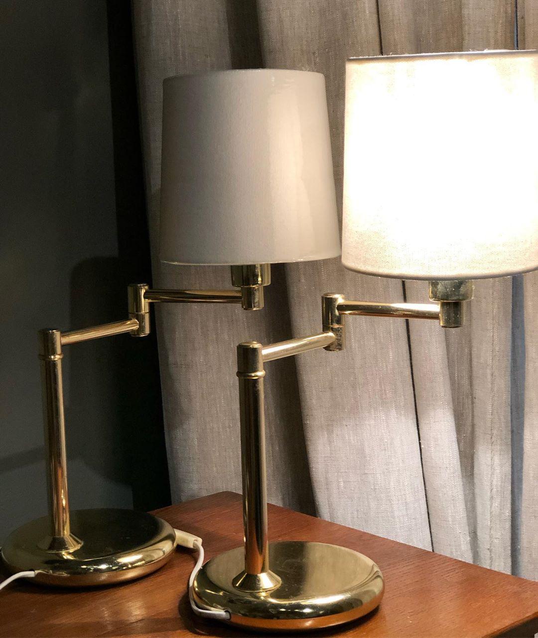 Lámparas-de-brazo-ajustable
