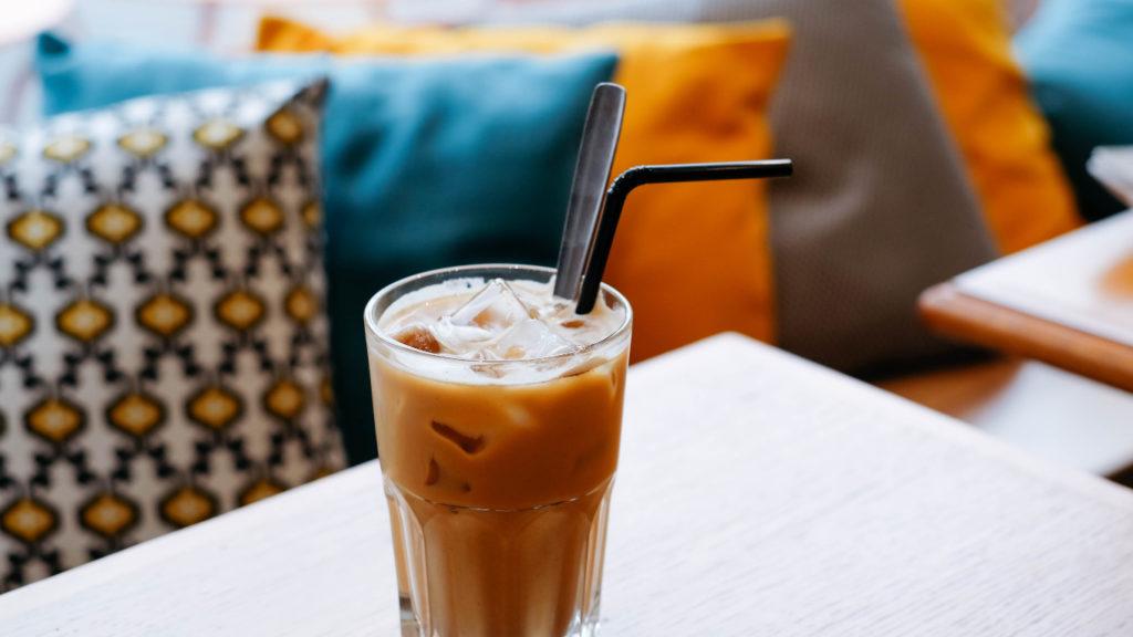 café-con-hielo-picado