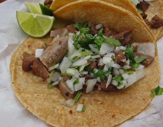 Tacos-de-lengua