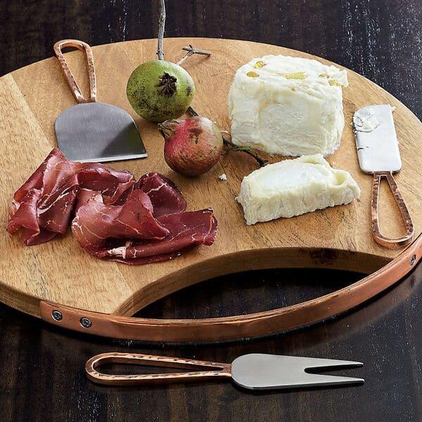Cuchillo-para-queso-plano-y-estrecho
